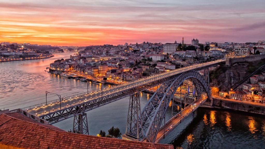 Puente-de-Luis-I-Oporto-Portugal